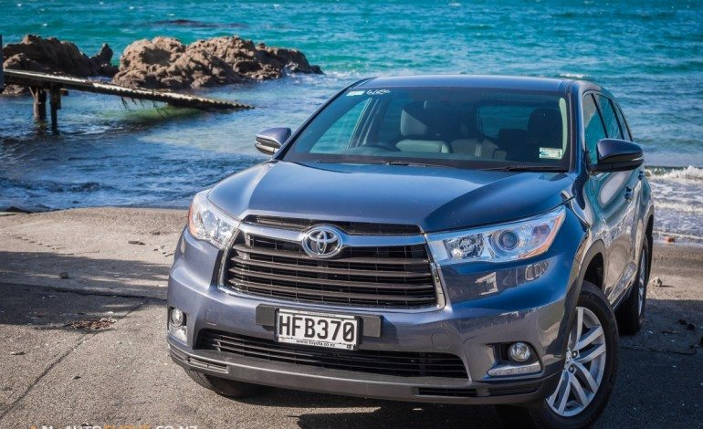 2014 Toyota Highlander GX - Road Tested - Revived and Refreshed