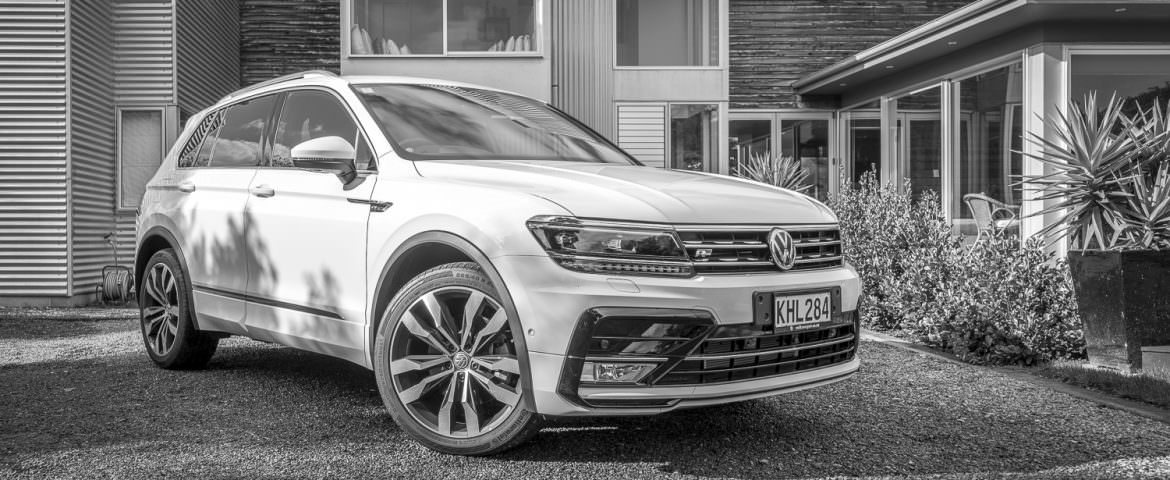 2017 Volkswagen Tiguan TSI R-Line 4Motion  – Car Review – Mid Sized Life Crisis