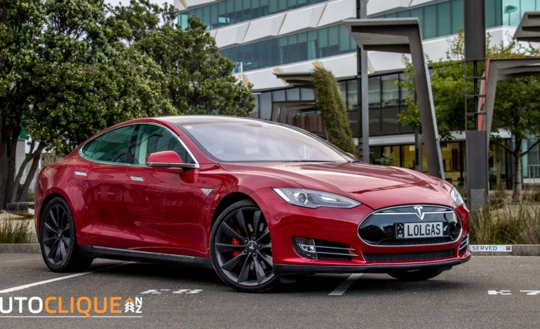 Tesla Model S P85+ – Car Review – Is This The Future?