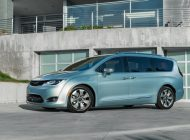 Press Release :  Fiat Chrysler And Google Join Forces To Develop Self Driving Cars