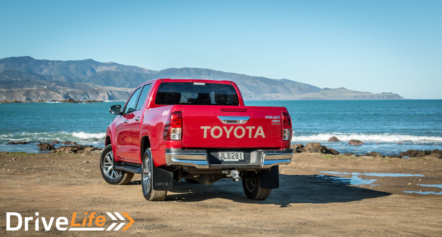 Car-Review-2016-Toyota-Hilux-Limited-4199