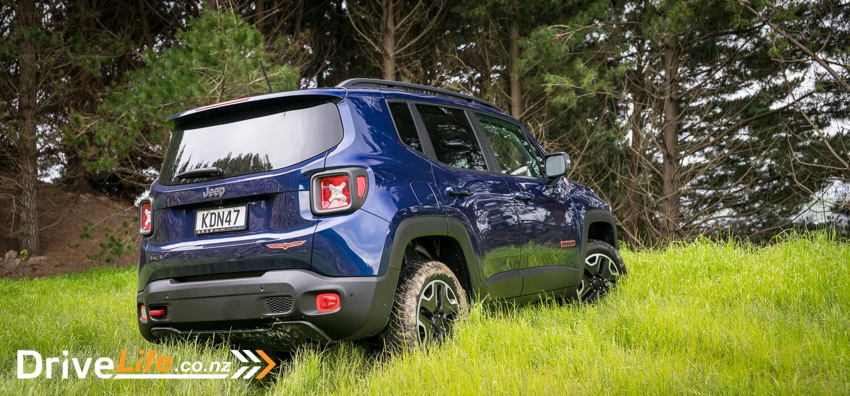 2016-jeep-renegade-trailhawk-car-review-6