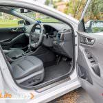 2017-Hyundai-Iconiq-14