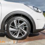 2017-Kia-Niro-EcoHybrid-Car-Review-30