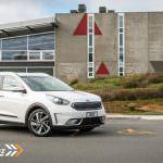 2017-Kia-Niro-EcoHybrid-Car-Review-32