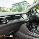 2017-drive-life-holden-astra-rsv-car-review-024
