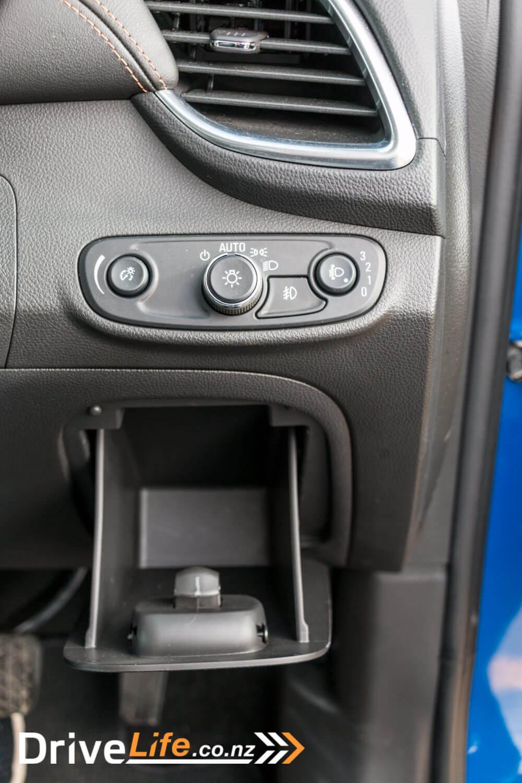 2017-Holden-Trax-Rio-Car-Review-22