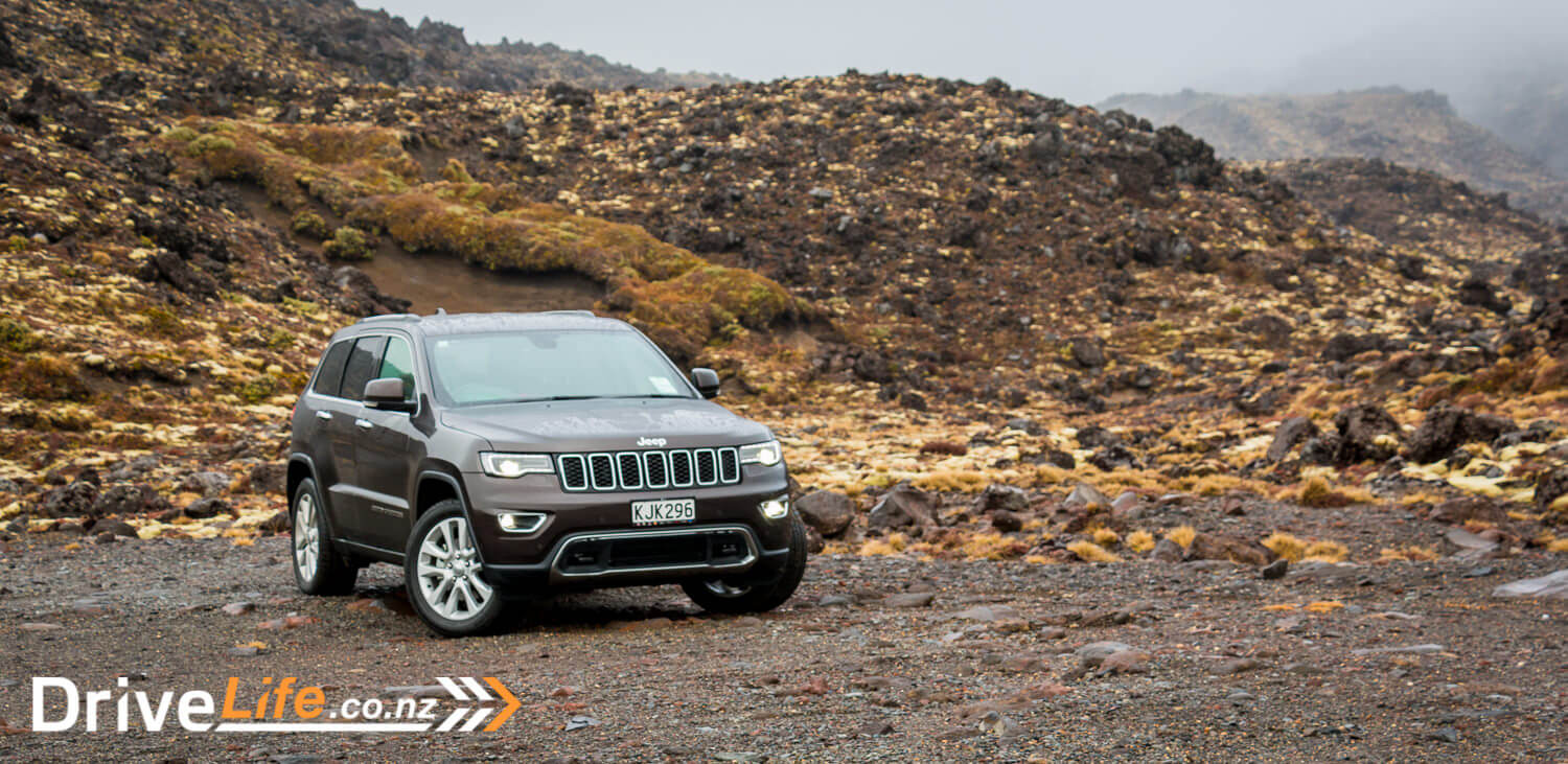 2017-Jeep-Grand-Cherokee-Car-Review-54