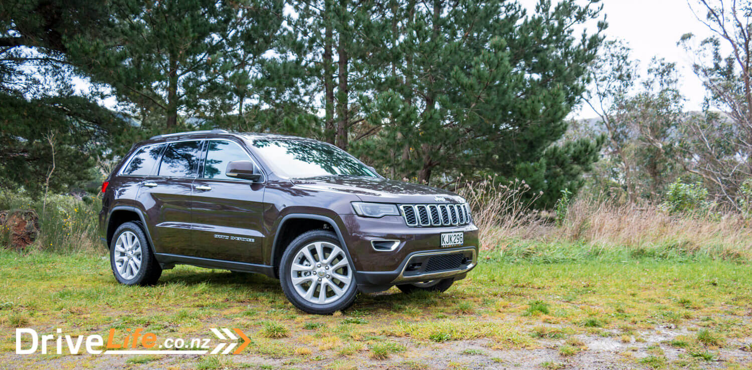 2017-Jeep-Grand-Cherokee-Car-Review-7