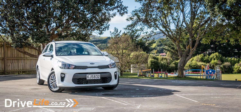 2017-Kia-Niro-Rio-Car-Review-6