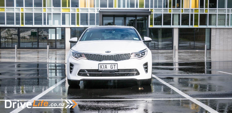 2017-Kia-Optima-GT-Car-Review-2