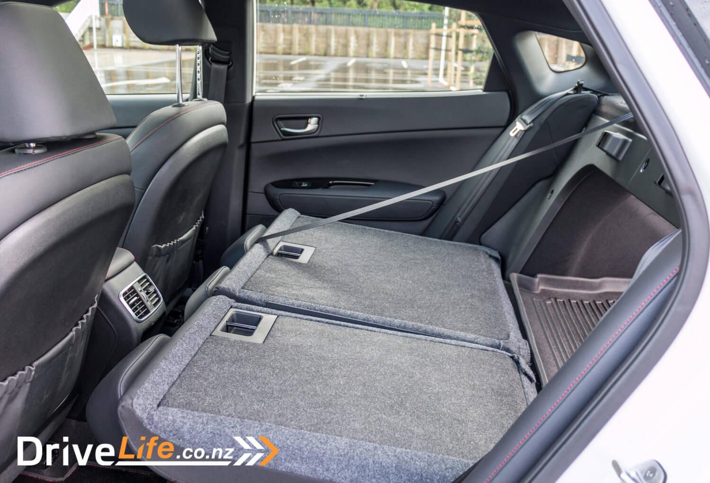 2017-Kia-Optima-GT-Car-Review-21
