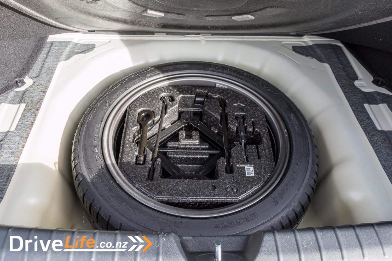 2017-Kia-Optima-GT-Car-Review-8