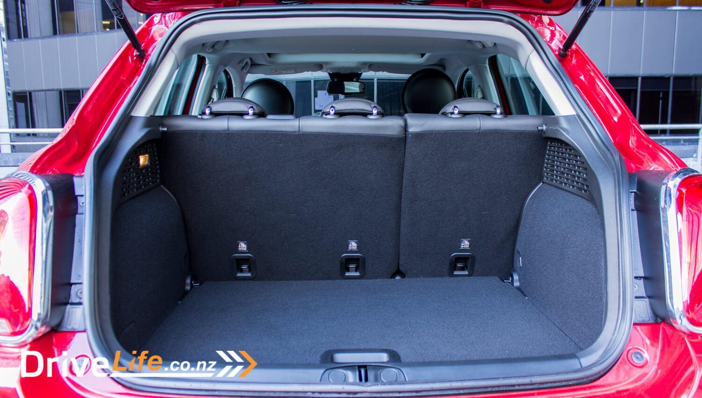 2017-drive-life-fiat-500X-car-review-015