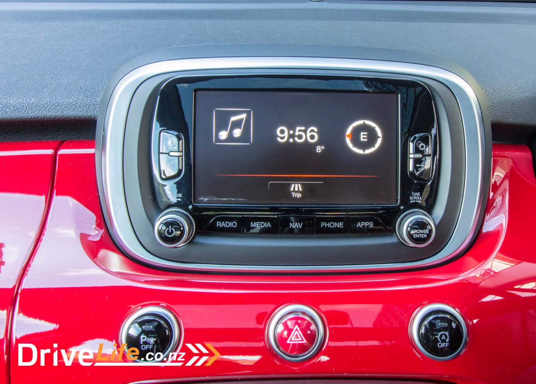 2017-drive-life-fiat-500X-car-review-023