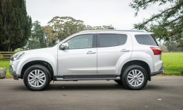 2017 Isuzu MU-X - Car Review - The Swiss Army Knife of SUV's