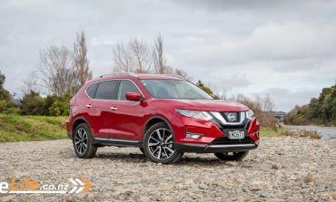 2017 Nissan X-Trail - Car Review - The X-Factor?